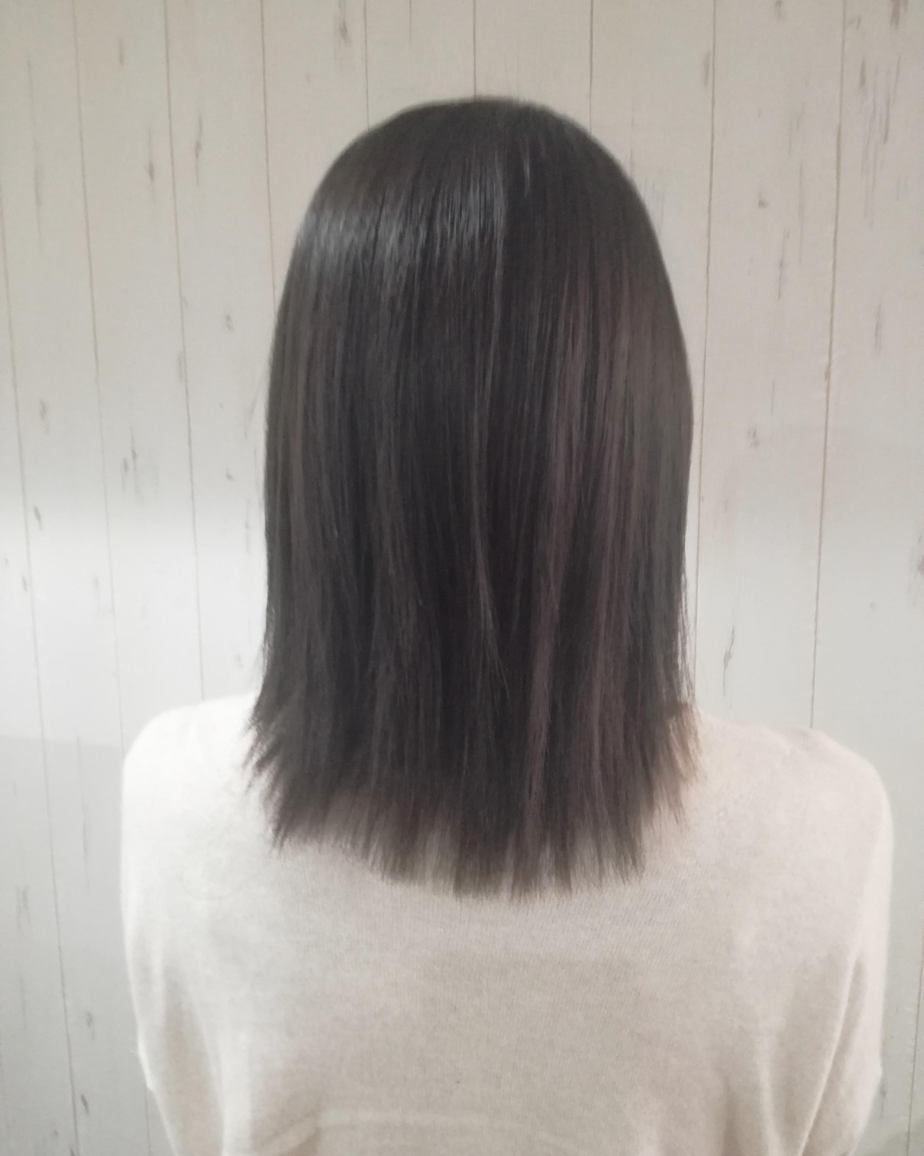 色 就活 髪